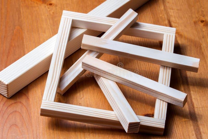 Materias primas de madera imagen de archivo