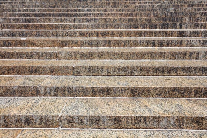 Materielle Treppe Hintergrund, Beschaffenheit des Granits Graue gelbe Farbe lizenzfreie stockfotografie