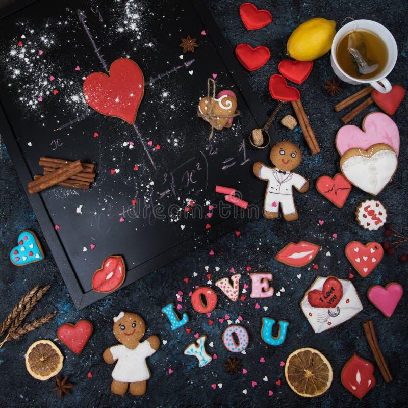 Mathe, Herzen, Formel der Liebe lizenzfreie stockfotos