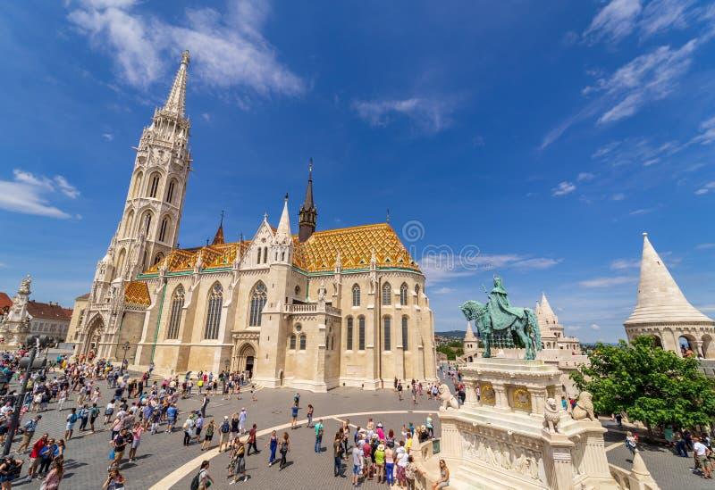 Mathias Church och fiskareställe på Budapest royaltyfri foto