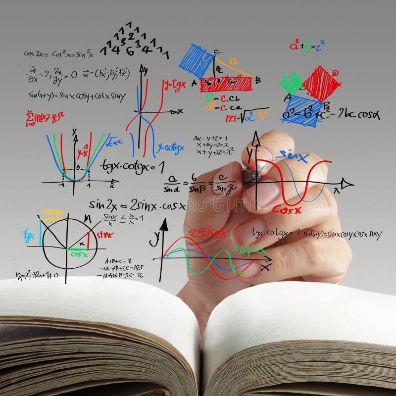 Maths och vetenskapsformel på whiteboard royaltyfria foton