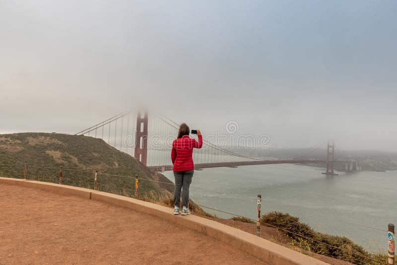 Matin brumeux sur le Golden Gate photo libre de droits
