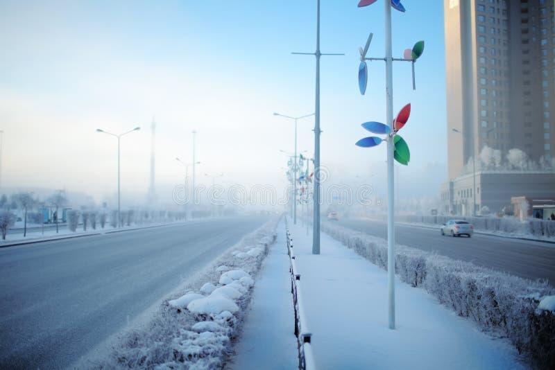 Matin d'hiver dans la grande ville photos libres de droits