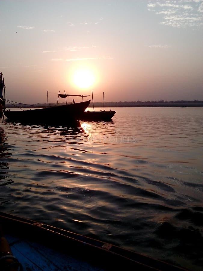 Matin dans Ganga photo libre de droits