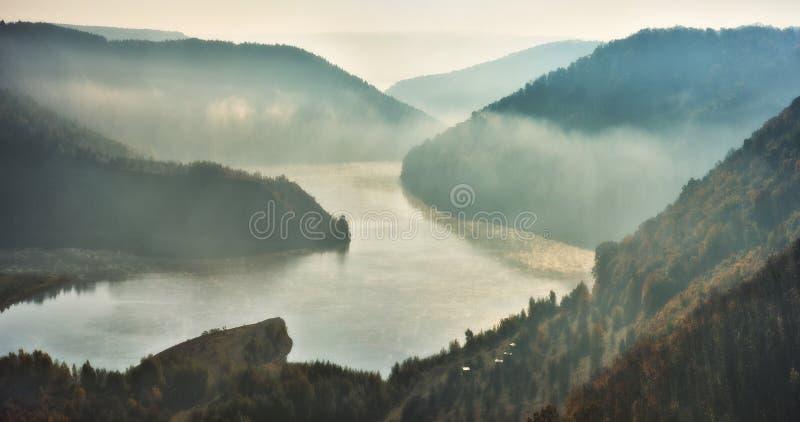 matin pittoresque d'automne image libre de droits