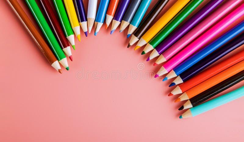 Matite colorate per le classi e la scuola di arte fotografie stock