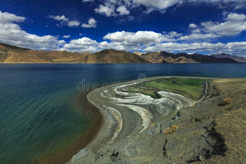 Matiz do lago Pangong imagens de stock