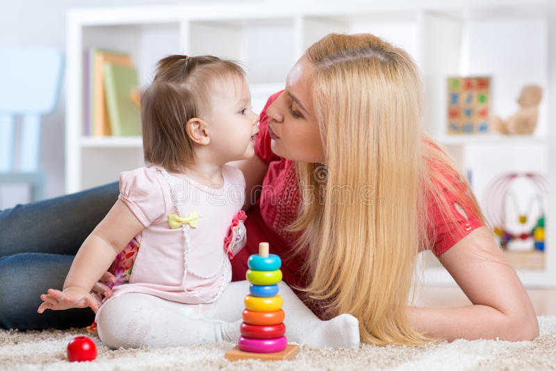 Matka, córka i obrazy stock