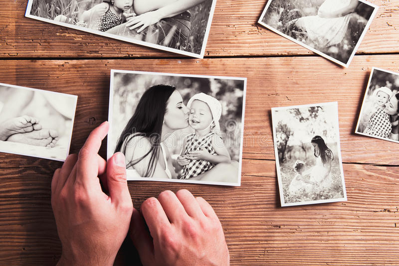 Matka dnia skład Czarno biały obrazki, drewniany backgr obraz royalty free