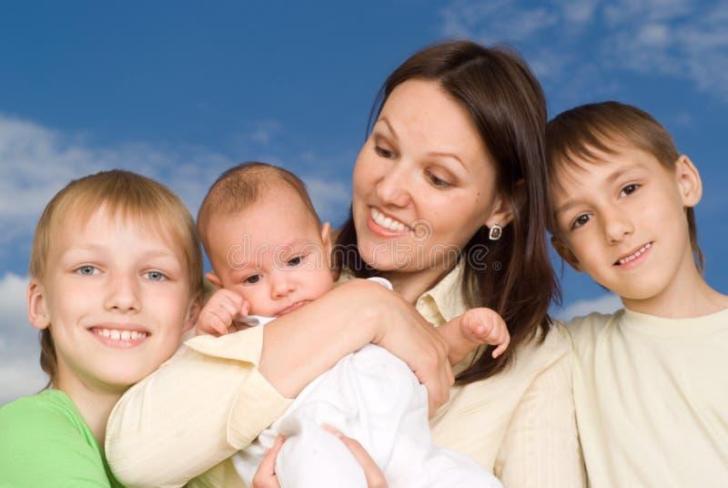Matka z trzy dziećmi zdjęcia royalty free