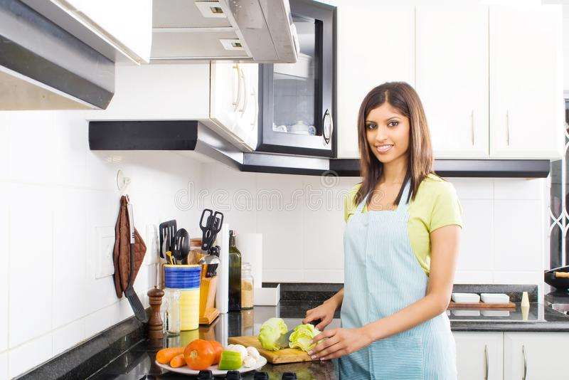 matlagningkök royaltyfria bilder