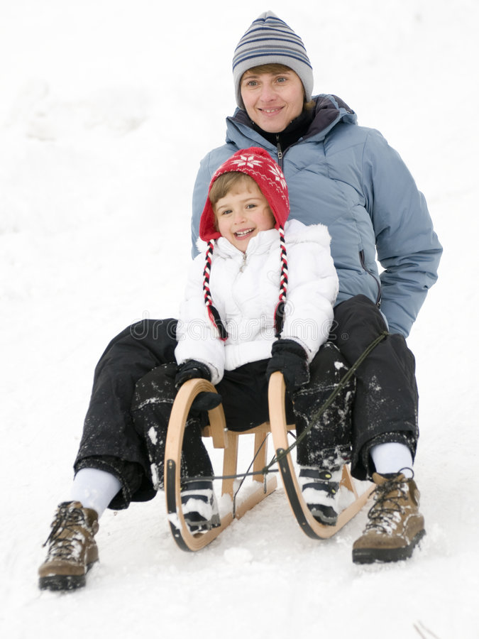 Matriz e filha no sledge fotografia de stock royalty free