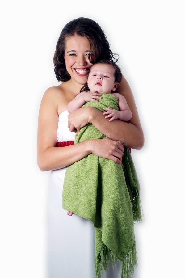 Matriz feliz com bebê do litle foto de stock