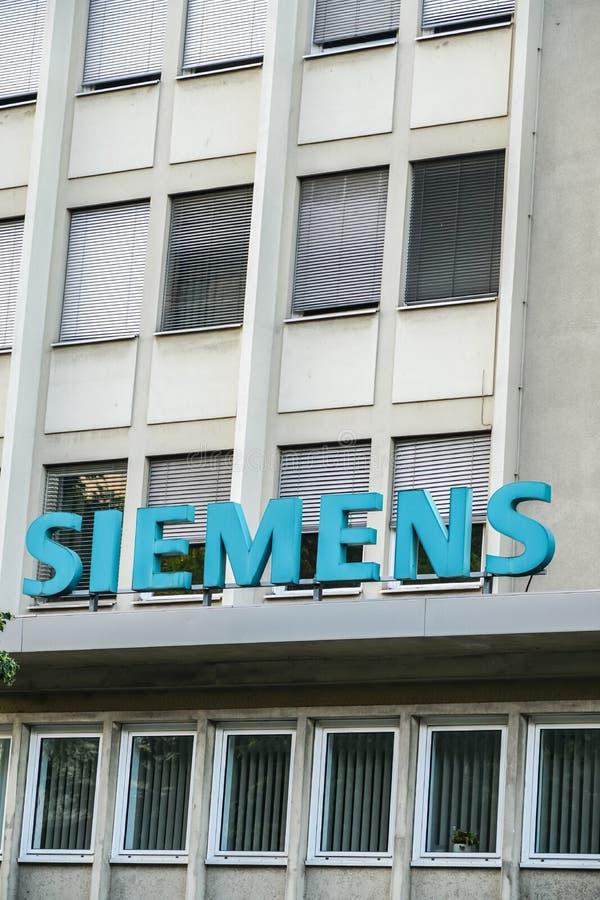 Matrizes de Siemens Ag em Berlim, Alemanha imagem de stock