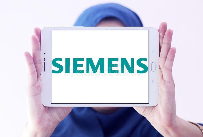 Matrizes de Siemens em Bucareste imagens de stock