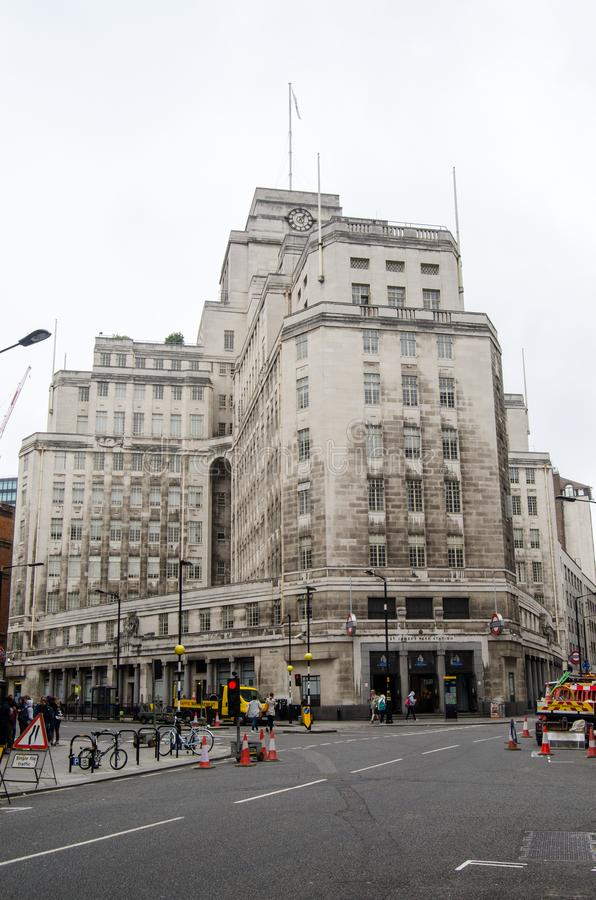Matrizes do transporte de Londres, 55 Broadway foto de stock royalty free