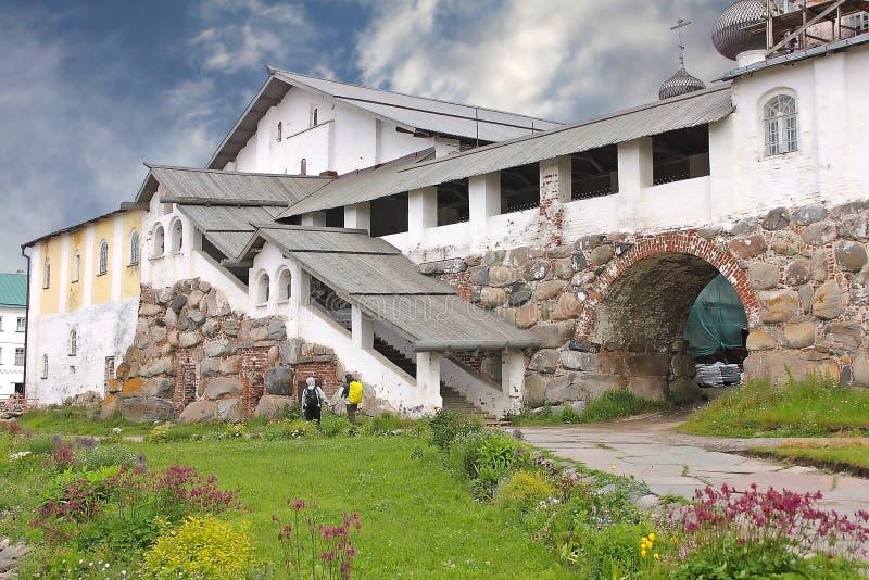 Matsalkomplex i den Solovetsky kloster, Ryssland arkivbild