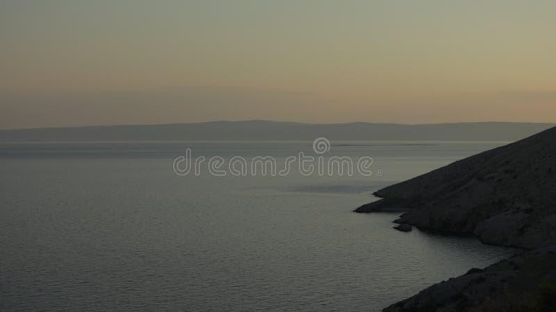 Matte solnedgång i Adriatiskt havet royaltyfri foto