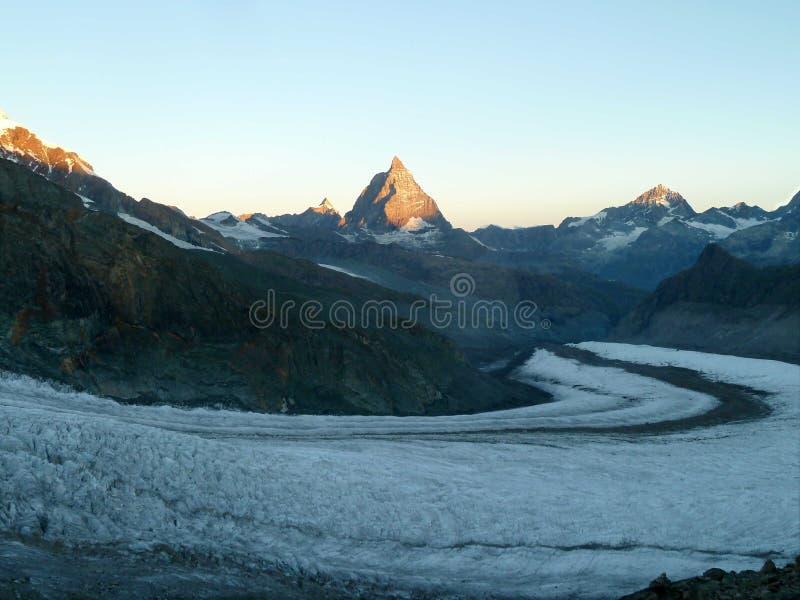 Matterhorn + Aletsch-Gletscher lizenzfreie stockbilder
