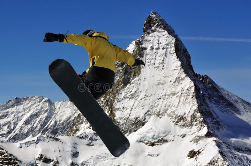 Matterhorn e snowboarder fotografia stock libera da diritti