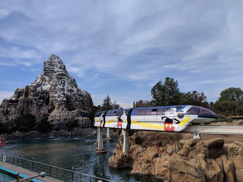Matterhorn et monorail photos libres de droits