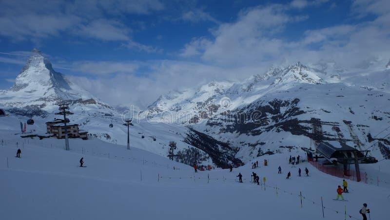Matterhorn : Le bijou des Alpes suisses image stock