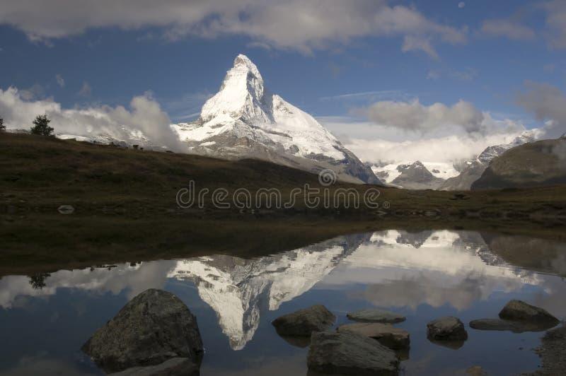Matterhorn-Reflexion lizenzfreies stockfoto