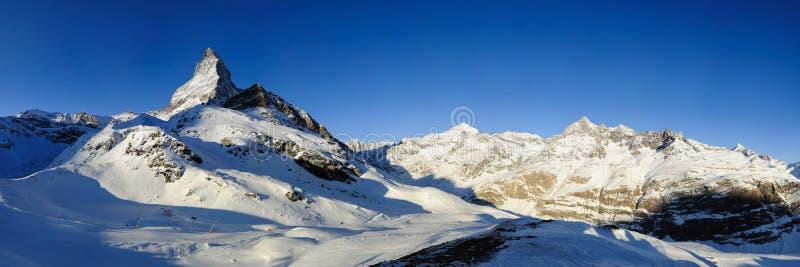 Matterhorn von Schwarzsee lizenzfreie stockfotografie