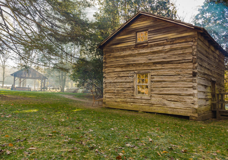 Matthews Cabin an Mabry-Mühle lizenzfreies stockbild