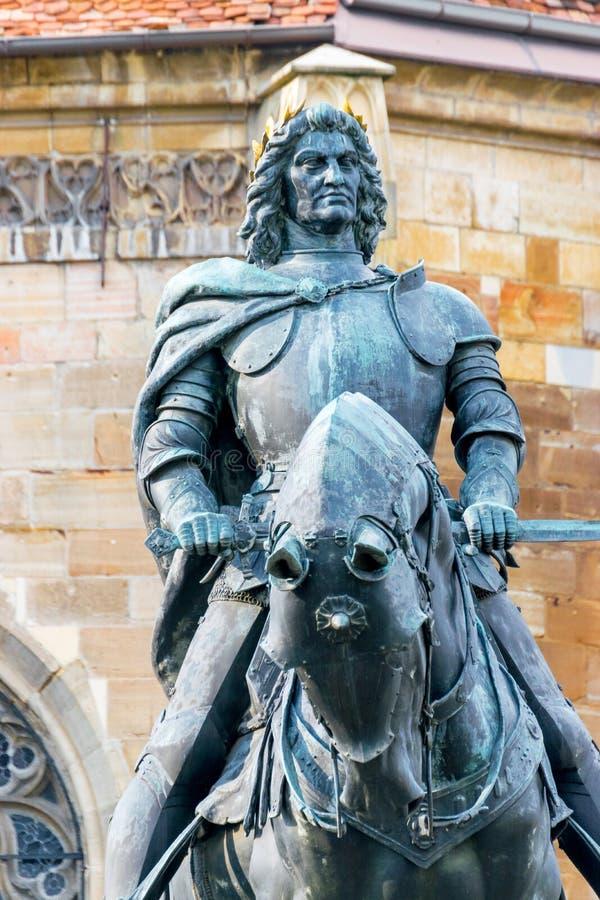 Matthias Corvinus Monument av Janos Fadrusz i Cluj-Napoca, Rumänien royaltyfri foto