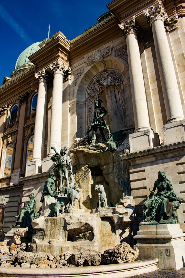 Matthias fontanna - boczny widok obraz stock
