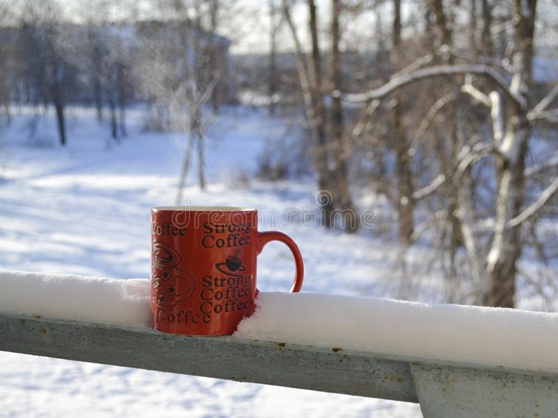 Mattina fredda con caffè fotografia stock