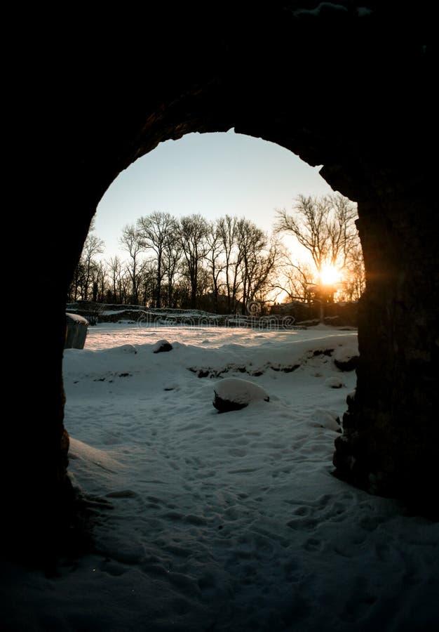 Mattina magica Sun in arco fotografia stock