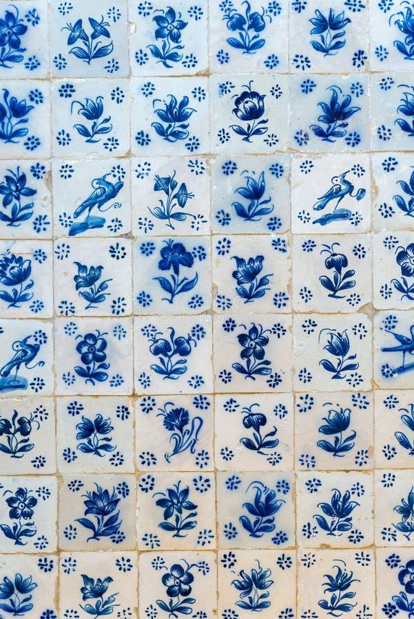 mattonelle che coprono una parete fotografia stock libera da diritti