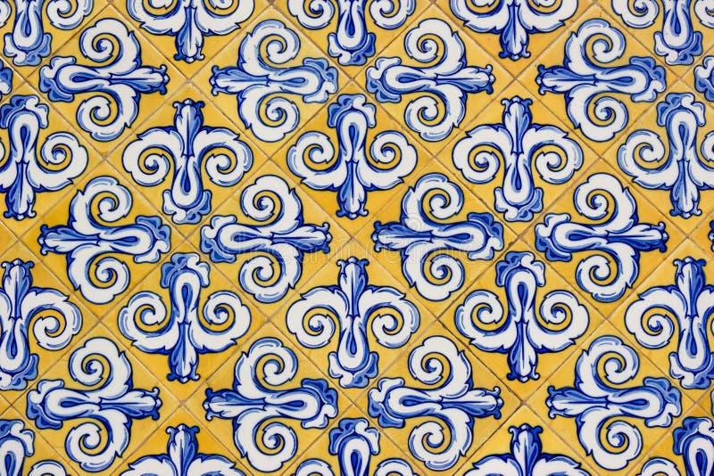 Mattonelle decorate a mano fotografia stock immagine di for Mattonelle in ceramica decorate