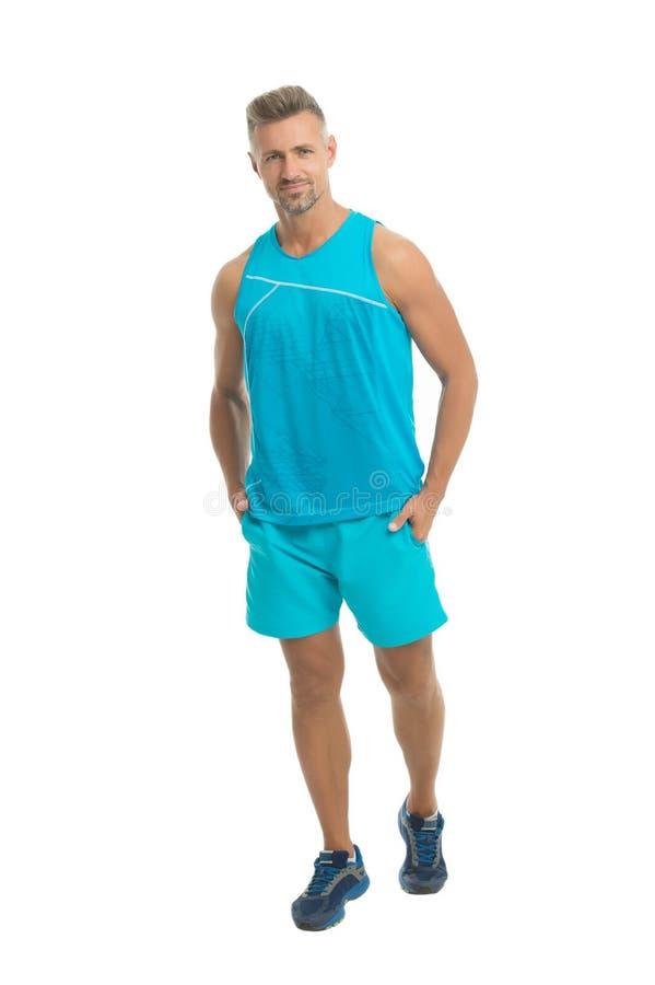 Maturo ma ancora giovane Attrezzatura di sport del tipo Concetto di modo Negozio di vestiti di modello dell'uomo Stile di sport A immagine stock