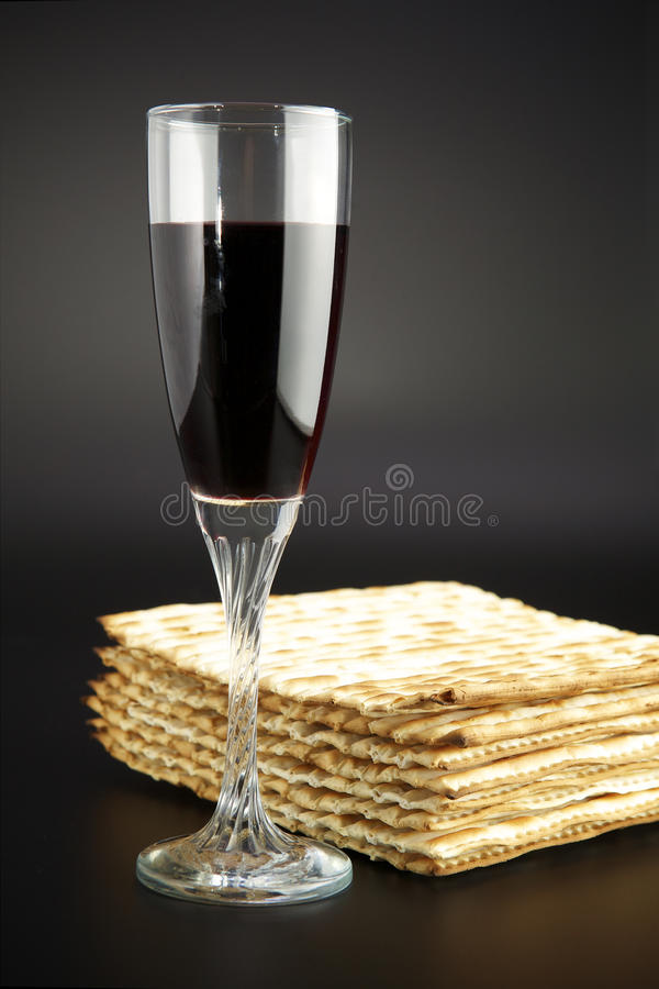 Free Matza And Red Wine Stock Images - 13684704