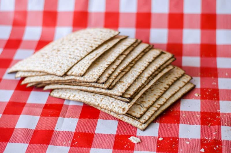 Matza o matzah, comida judía foto de archivo