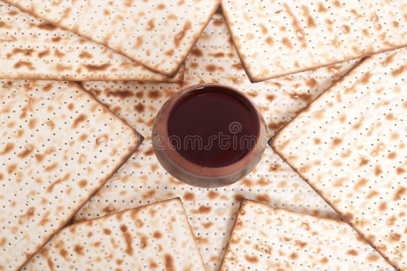 Matza para la celebración del passover imágenes de archivo libres de regalías