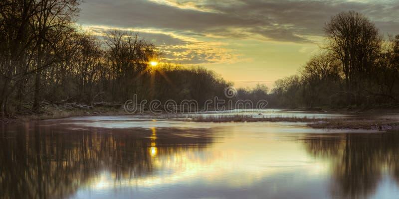 Maumee-Fluss-Morgen lizenzfreies stockbild