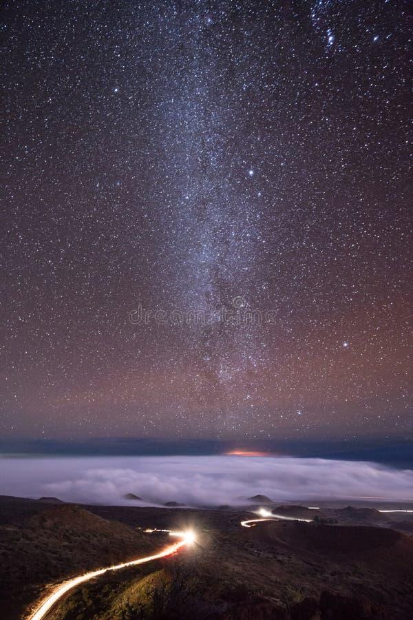 Mauna Kea Night Lines fotos de stock