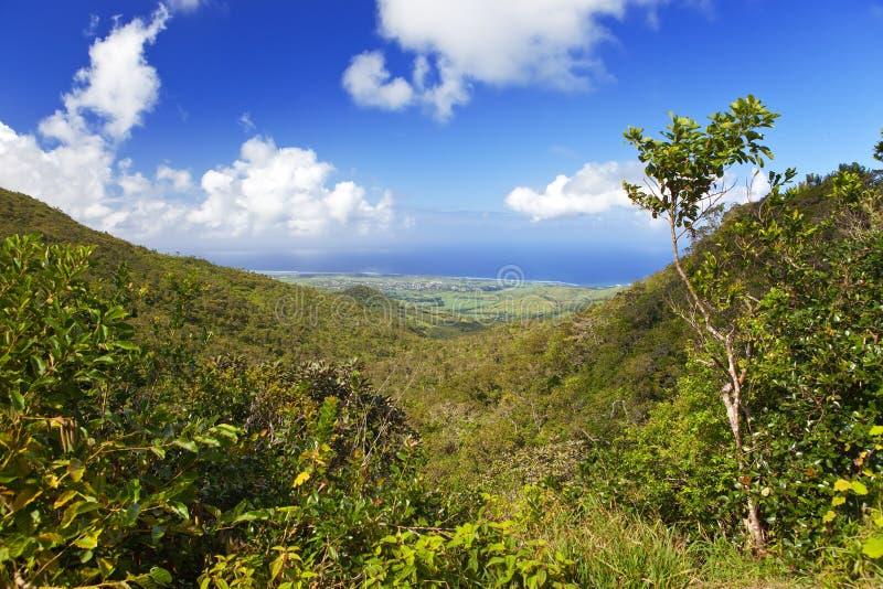 Maurícia. Vista das montanhas e do Oceano Índico fotografia de stock