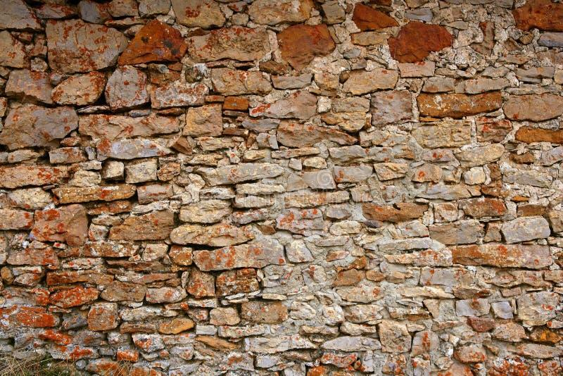 Maurerarbeit in Spanien, alte Steinwände lizenzfreies stockfoto