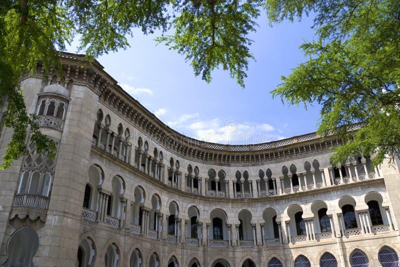 Maurisches Art-Gebäude stockfotos
