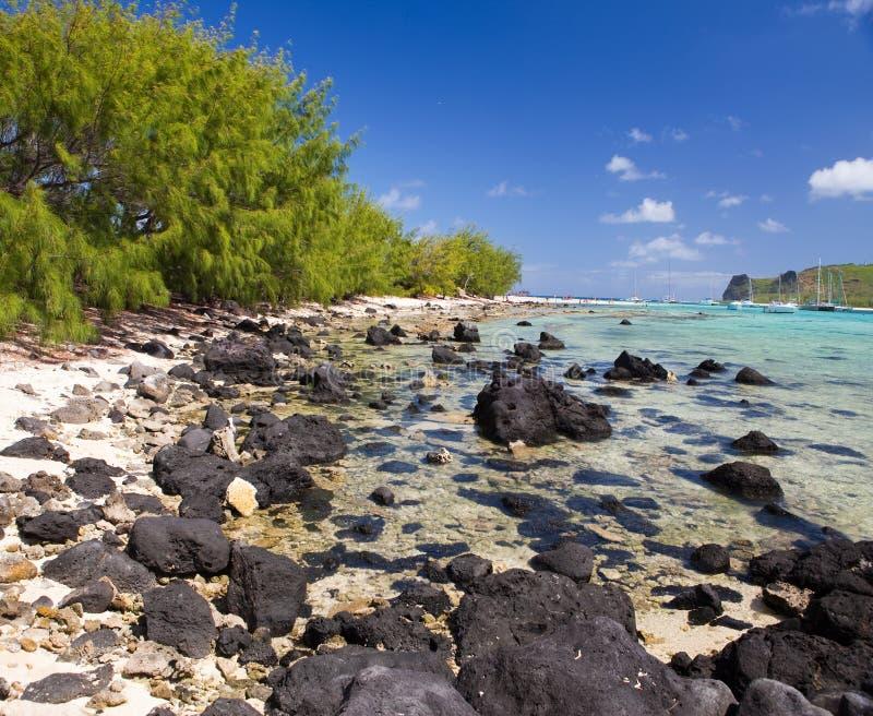 Mauritius. Catamarans dichtbij het eiland. Overzees tropisch landschap in een zonnige dag royalty-vrije stock foto