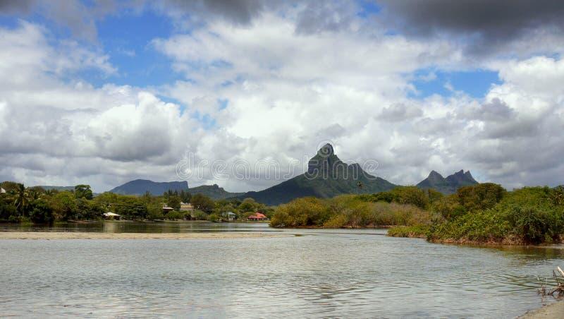 Mauritius Volcanic Island, montanhas da paisagem imagens de stock