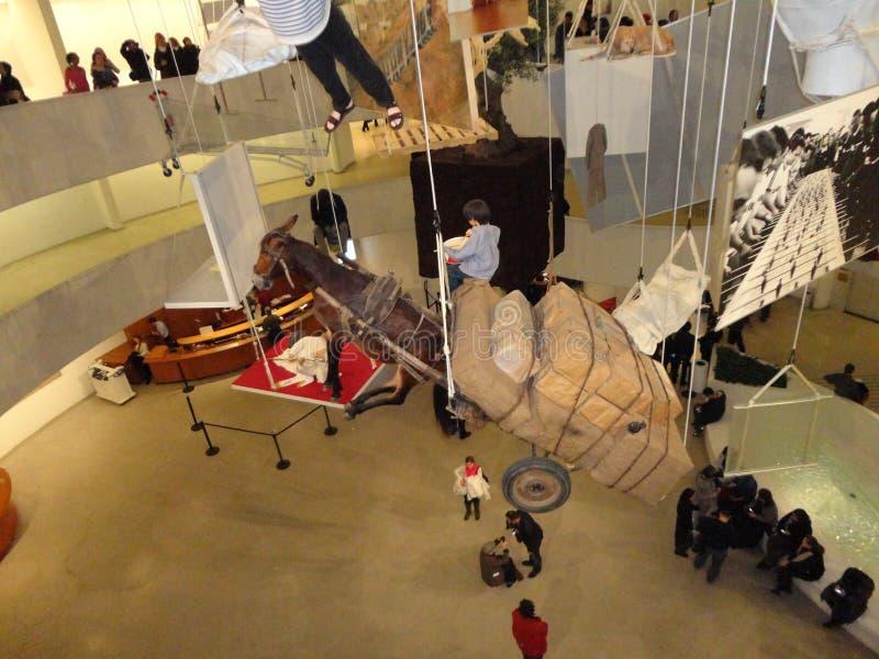 Maurizio Cattelan: Wszystko Przy Guggenheim NYC 90 obrazy stock