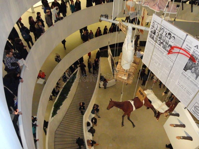Maurizio Cattelan: Wszystko Przy Guggenheim NYC 20 zdjęcia stock