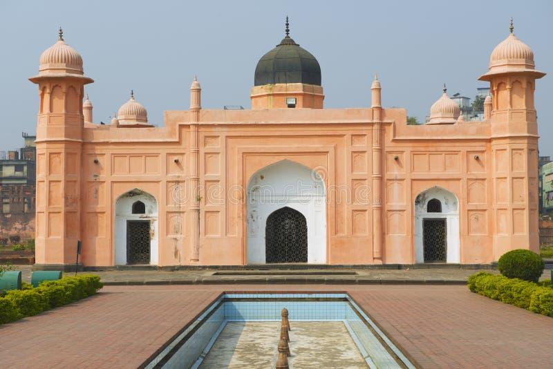 Mausolée de Bibipari dans le fort de Dhaka, Bangladesh image libre de droits