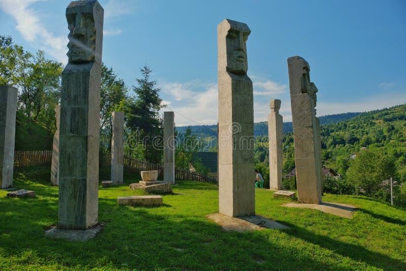 Mausolée des héros de Moisei en vallée de Viseului, Maramures Roumanie images stock
